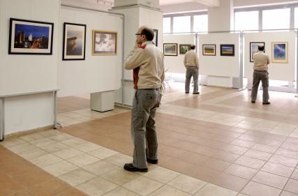 art-gallery-istock